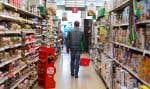 Les Canadiens devront prévoir une augmentation globale de 3,5% du prix de leur épicerie l'année prochaine, comparativement à 2018. Les viandes ainsi que les poissons et fruits de mer devraient par contre leur coûter moins cher.