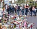 Des gens étaient réunis la semaine dernière sur la promenade des Anglais à Nice, en France, pour un hommnage national aux victimes de l'attaque terroriste du 14 juillet.